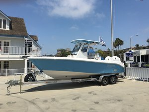 New Everglades 255CC Center Console Fishing Boat For Sale