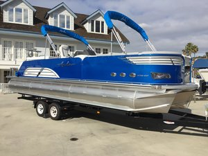 New Avalon Ambassador Entertainer Pontoon Boat For Sale