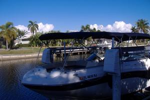 Used Hurricane Sundeck 2486 OB Bowrider Boat For Sale