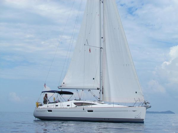 Used Jeanneau Sun Odyssey 42 DS Deck Saloon Sailboat For Sale