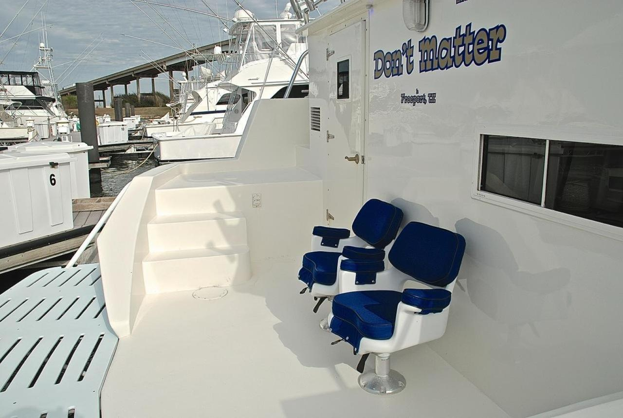 2001 Used Infinity Cockpit Motor Yacht Sports Fishing Boat