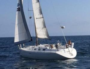 Used Beneteau First 36s7 Racer and Cruiser Sailboat For Sale