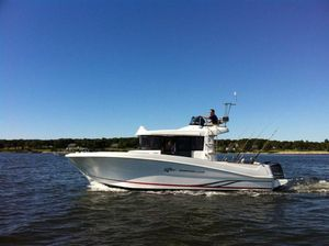 Used Beneteau Barracuda 9 Fly Sports Fishing Boat For Sale