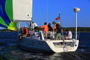 Used Beneteau First 35 Racer and Cruiser Sailboat For Sale