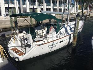 Used Beneteau Oceanis 423 Sloop Sailboat For Sale