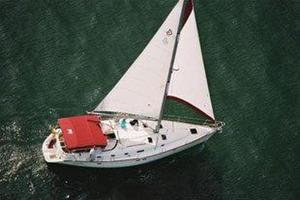 Used Beneteau 461 with Furling Main Racer and Cruiser Sailboat For Sale