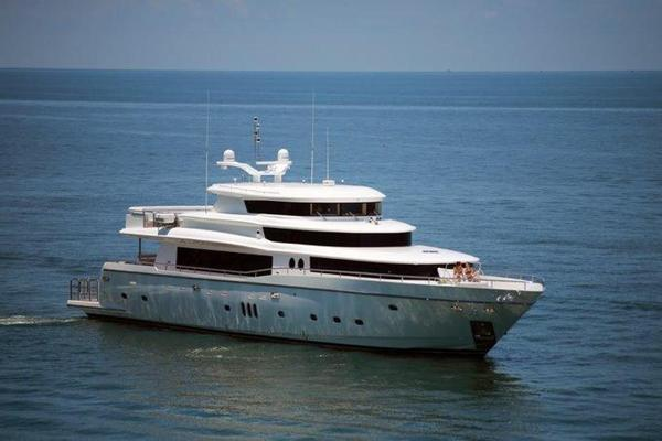 New Johnson 110' Skylounge w/On-Deck Master Motor Yacht For Sale