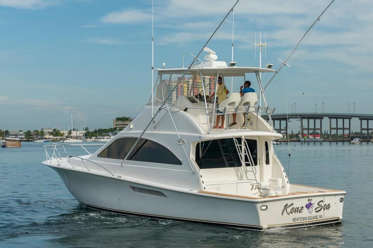 2005 used ocean yachts sports fishing boat for sale for Used fishing boats