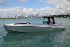 Used Wider 42C Center Console Fishing Boat For Sale