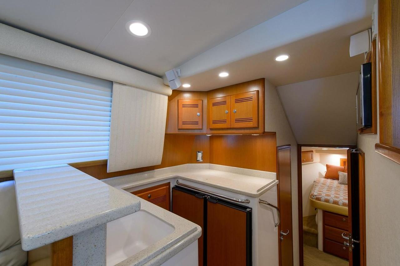 2006 Used Cabo 40 Cabo Flybridge 40 Sports Fishing Boat For Sale ...