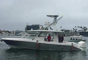 New Everglades 355CC Center Console Fishing Boat For Sale