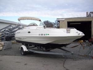 Used Starcraft Aurora 2005 Deck Boat For Sale