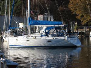 Used Beneteau Oceanis 370 Cruiser Sailboat For Sale