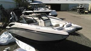 New Starcraft SCX230 Deck Boat For Sale