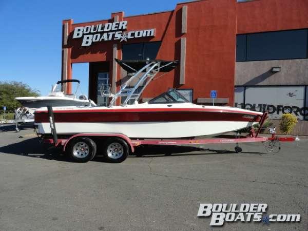 Used Centurion Elite V-Drive Ski and Wakeboard Boat For Sale