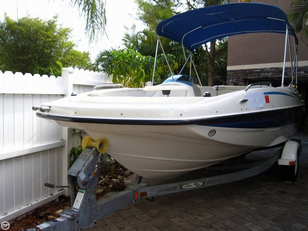 2006 used bayliner 197 deck boat deck boat for sale for Patio decks for sale