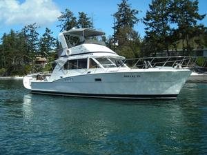 Used Chris Craft Commander Sport Sedan Cruiser Boat For Sale