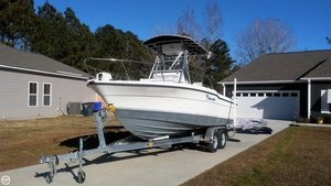 Used Trophy 2003 CC Center Console Fishing Boat For Sale