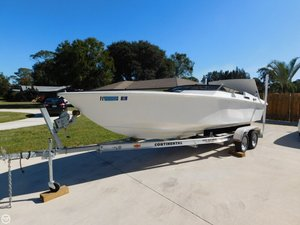 Used Avanti 22 High Performance Boat For Sale
