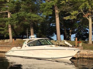 Used Pursuit DC 295 Bowrider Boat For Sale