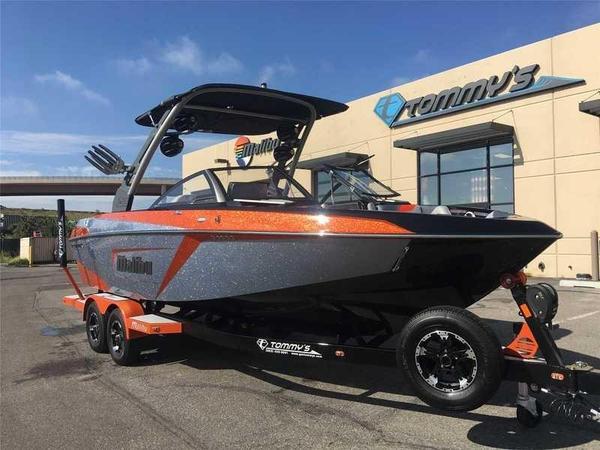 New Malibu 23 LSV Ski and Wakeboard Boat For Sale