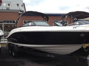 New Sea Ray 230 SPX230 SPX Bowrider Boat For Sale