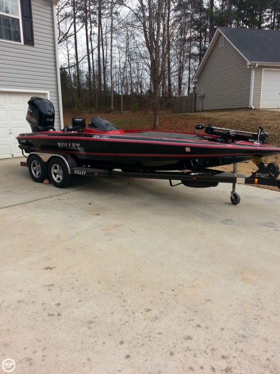 Used Bullet 21 SS Bass Boat For Sale