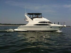Used Carver 420 Mariner Motor Yacht For Sale