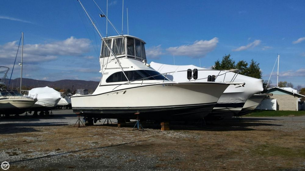 1990 used luhrs 320 tournament sports fishing boat for for Fishing boats for sale in ny