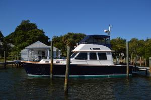 Used Sabre 42 Flybridge Sedan Motor Yacht For Sale