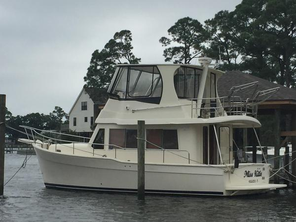 Used Mainship 34 Trawler Sports Fishing Boat For Sale