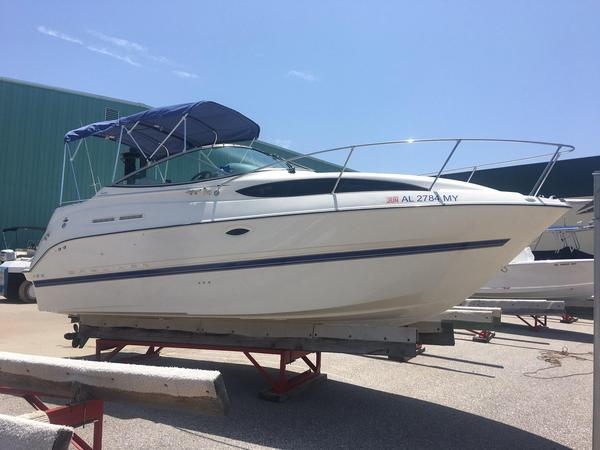 Used Bayliner 245 Sports Cruiser Boat For Sale