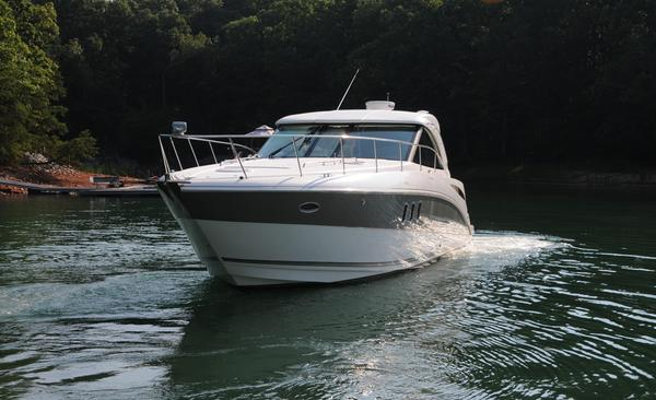 Used Cruisers Yachts 390 Sports Coupe Sports Cruiser Boat For Sale