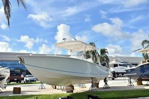 Used Jupiter 31 FS Center Console Fishing Boat For Sale