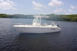 Used Everglades 230 Center Console Fishing Boat For Sale