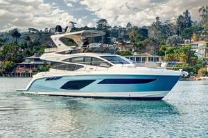 New Sea Ray 550 Fly Sports Cruiser Boat For Sale