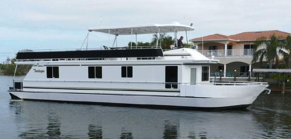 Used Sunstar Coastal Cruiser House Boat For Sale