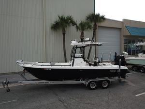 Used Everglades 243 CC Sports Fishing Boat For Sale