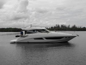 New Sea Ray 470 Sundancer Motor Yacht For Sale