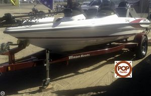 Used Triton TR-176 DC Bass Boat For Sale