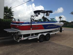 New Supreme S238 High Performance Boat For Sale