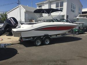 New Sea Ray 21 SPX Outboard Bowrider Boat For Sale