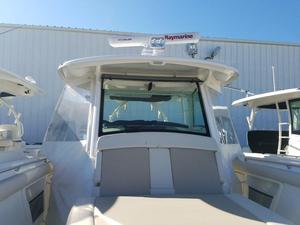 New Boston Whaler 370 Outrage Sports Fishing Boat For Sale