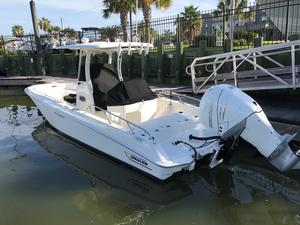 Used Boston Whaler 27 Dauntless Sports Fishing Boat For Sale
