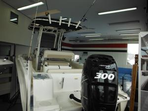 New Boston Whaler 230 Outrage Saltwater Fishing Boat For Sale