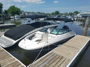 New Sea Ray SDX 220 OB Bowrider Boat For Sale