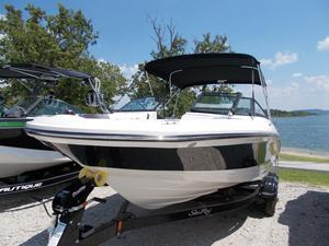 New Sea Ray SPX 210 Other Boat For Sale