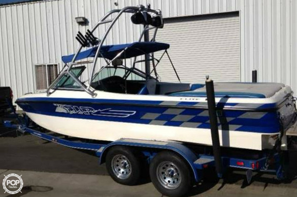 Used Centurion 20 Air Warrior Ski and Wakeboard Boat For Sale