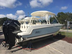 New Boston Whaler 270 Vantage Sports Fishing Boat For Sale