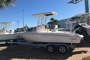 New Boston Whaler 210 Dauntless Sports Fishing Boat For Sale
